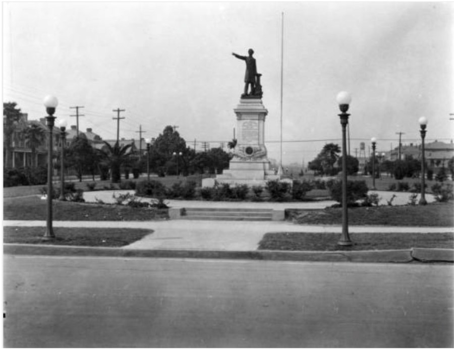 An undated photograph of the Jefferson Davis Monument in New Orleans, Louisiana.