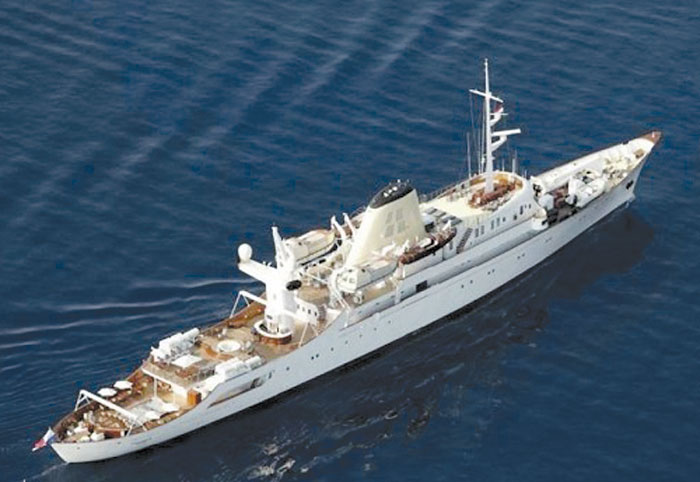 Former Onassis Yacht For Sale At 324 Million The Log