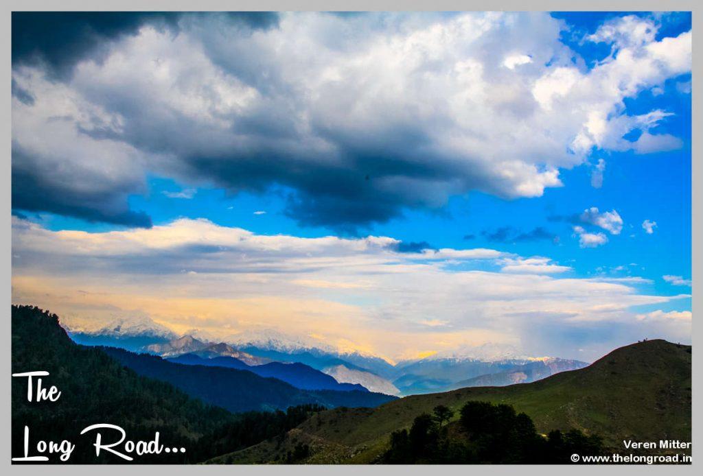 Dancing clouds on Prashar Lake