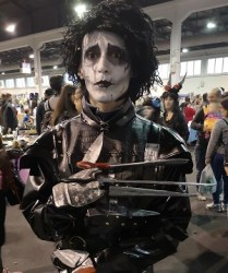 Il cosplay di Edward mani di forbice by Joker_darksmile (1)