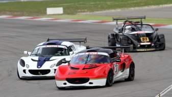 nr4_exige_cup_battle_fournier_and_carr