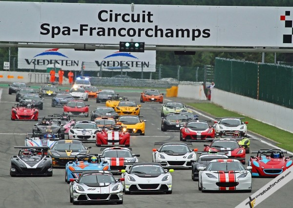 The huge Lotus Cup Europe grid gets away in race two with Nikolaj Ipsen (Exige 99) leading eventual winner Greg Rasse (Evora 122) (credit: Derek Partridge)