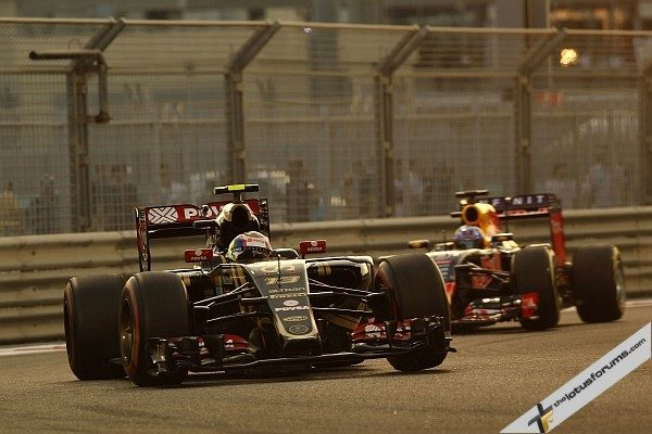 Pastor Maldonado (VEN) Lotus F1 E23. Abu Dhabi Grand Prix, Saturday 28th November 2015. Yas Marina Circuit, Abu Dhabi, UAE.