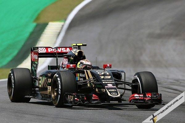 Pastor Maldonado (VEN) Lotus F1 E23. Brazilian Grand Prix, Saturday 14th November 2015. Sao Paulo, Brazil.