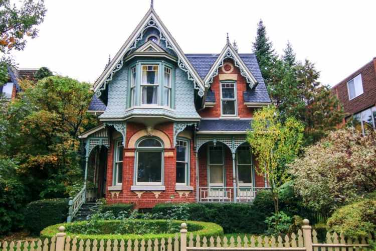 """""""Some heritage homes arouse curiosity… a sense of wonder of what's behind the beautiful facade. They are immediately captivating with their timeless design, that you can only wonder about the world behind the beautiful, hardwood doors: inviting, vibrant, lively, comforting."""""""