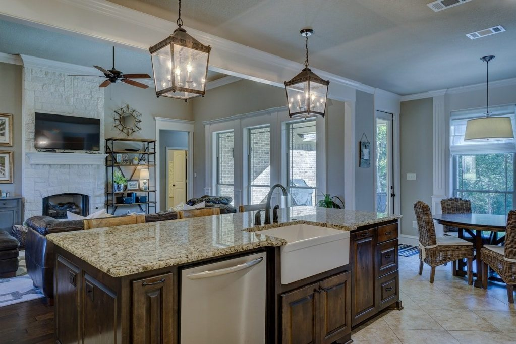 """Headline Image of a Kitchen and Livingroom for our blog """"best time to sell your home"""""""