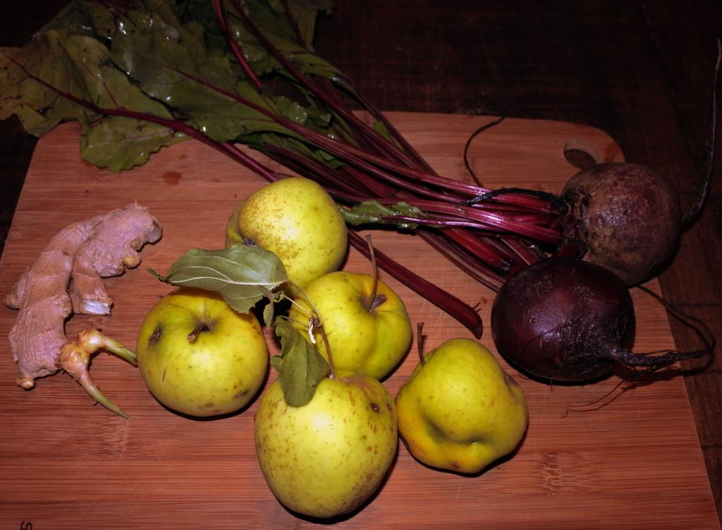 apple beet ginger juice ingredients (6)warm
