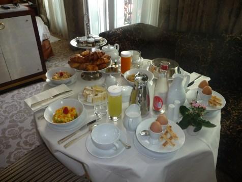 Fouquet's Paris Barriere - In-room breakfast