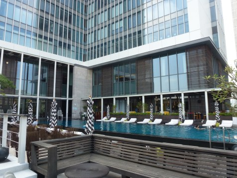 W Taipei - 24/24 pool