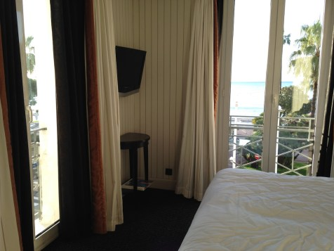 Majestic Barriere Cannes - Superior Room Sea View 2