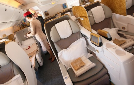 Emirates Business Class B777