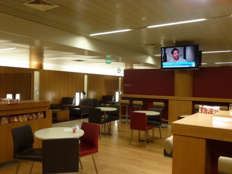 Air France Business Class lounge Paris - Cosy restaurant