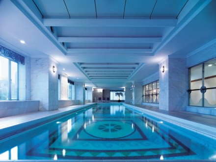 Pudong Shangri-La - Indoor Pool
