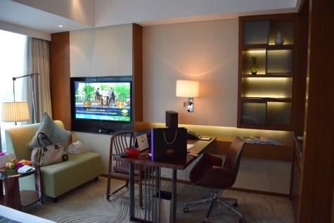 Mandarin Oriental Shanghai - Club Room River View
