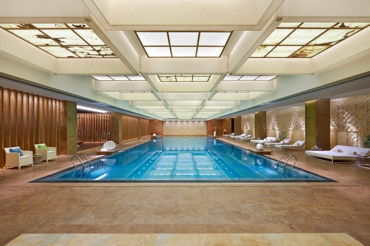 Mandarin Oriental Shanghai - Pool2