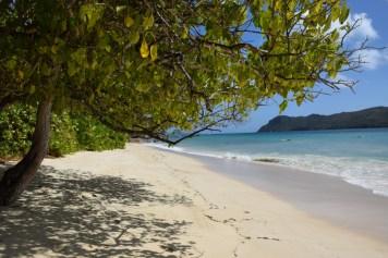 Raffles Praslin - Resort beach