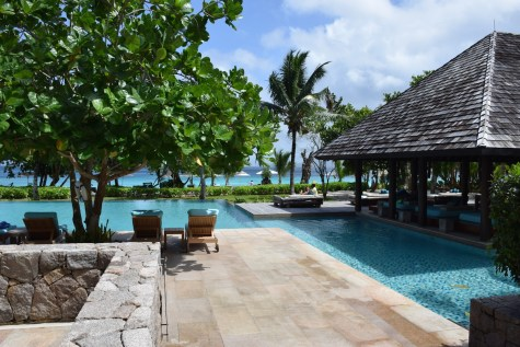 Four Seasons Seychelles - Pool bar