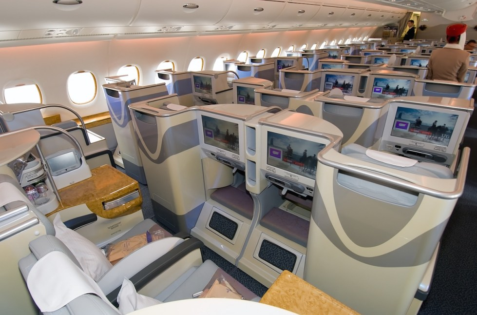 Emirates A380 Business Class - Cabin overview