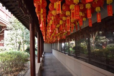 Tour of China - Shanghai Puxi, Jade Buddha Temple corridors