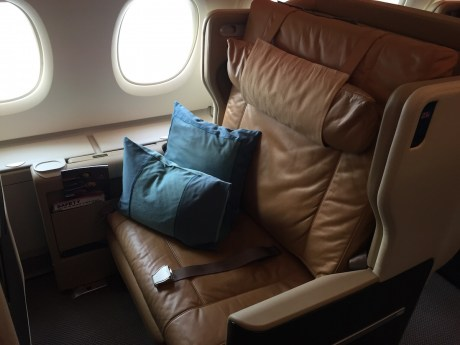 Singapore Airlines A380 Business Class - Window seat