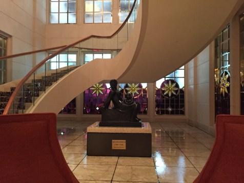 St Regis Singapore - Lobby stairs