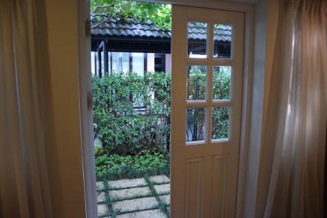 Villa Song Saigon - Sanctuary Room private garden