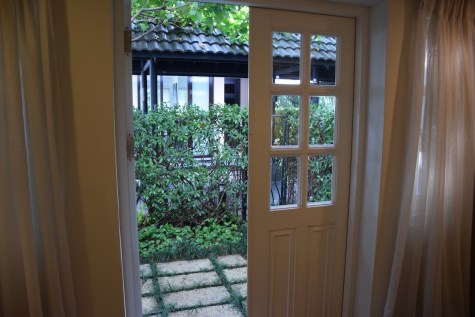 Villa Song Saigon - Sanctuary Room private garden