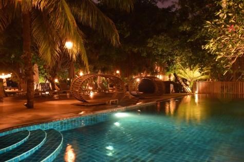 An Lam Saigon River - Common pool by night