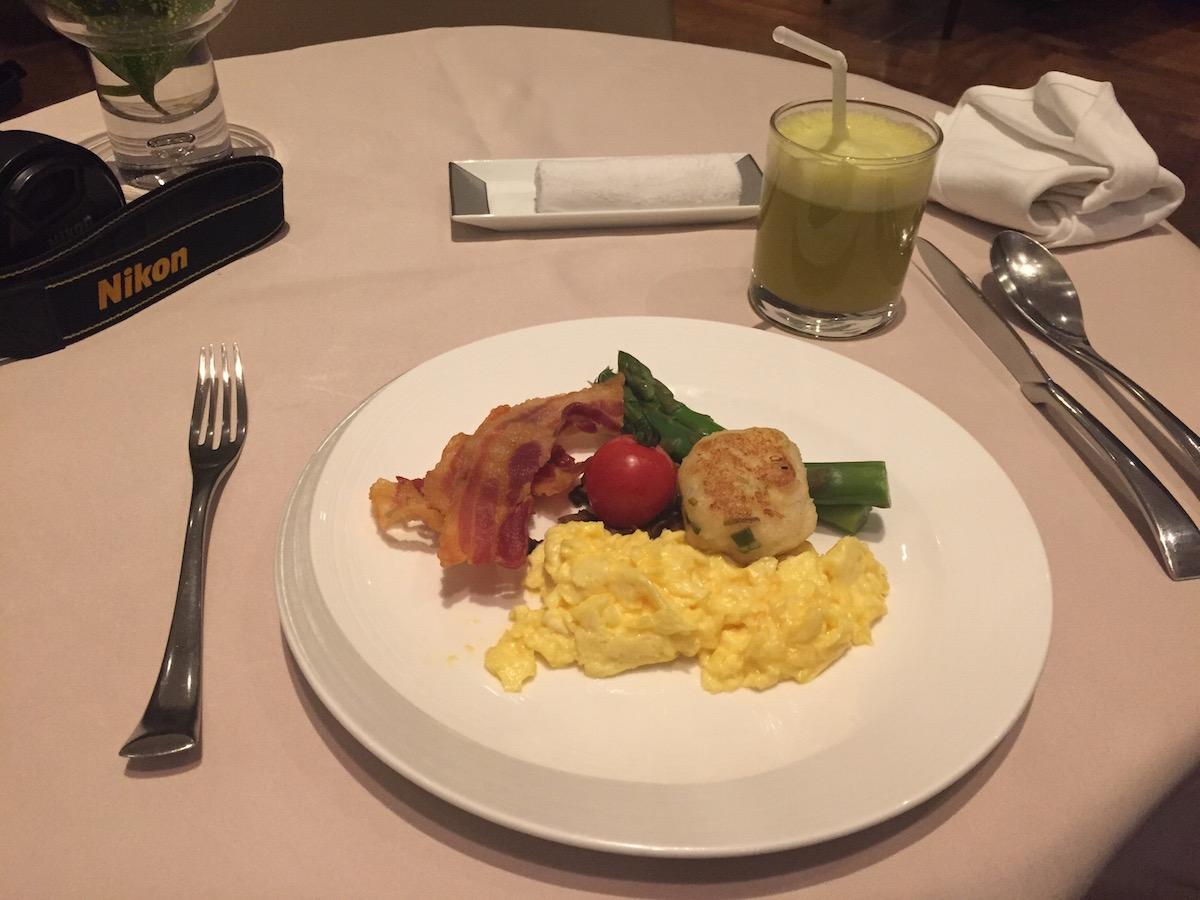 Breakfast scramble eggs