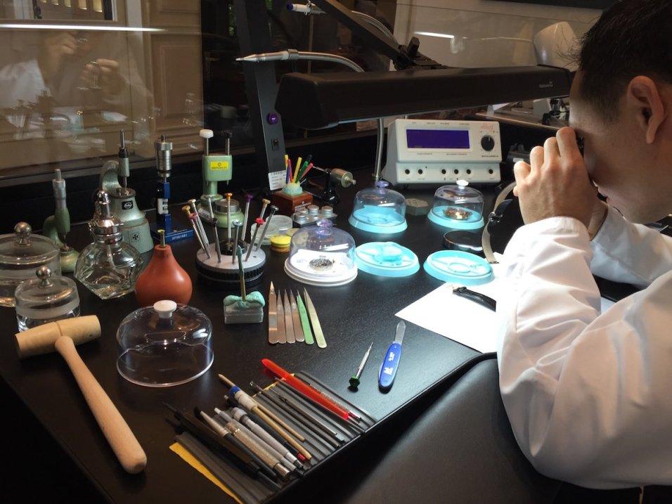 Vacheron Constantin Mansion Shanghai - Master Watchmaker at work