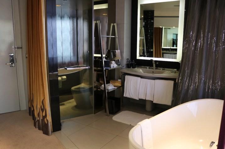 W Bangkok - Spectacular Room bathroom