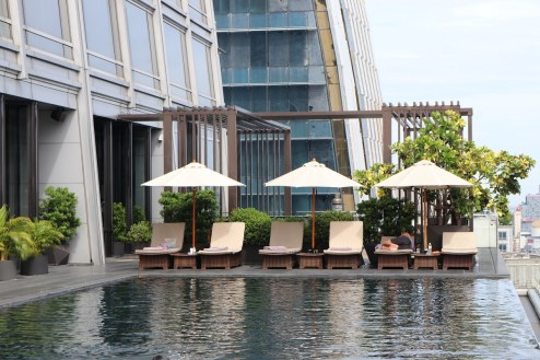 Outdoor infinity pool at 25th floor