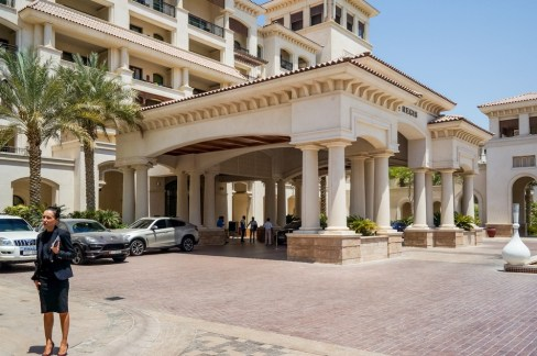 St Regis Saadiyat main entrance - Picture from Stanislav71/Shutterstock.com