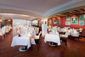 La Parrilla restaurant 2