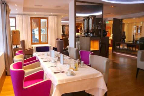Baumanière 1850 restaurant