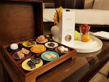 Tai Pan Room - Welcome amenities