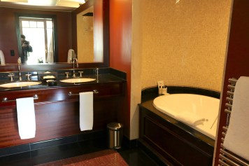 Lake Suite #112 - Bathroom