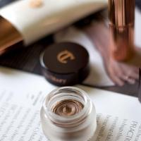 The Easiest Product for a Glam Eye Look