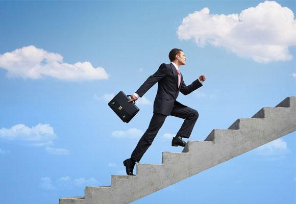 Un trabajador feliz, que mira hacia arriba y en positivo, es más productivo