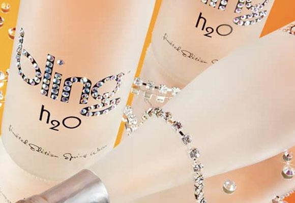 Bling: una de las aguas más caras del mundo con cristales de Swarovski, marida con langosta