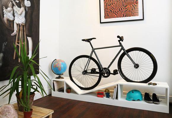 Muebles para guardar la bici en casa the luxonomist for Como guardar la bici en un piso