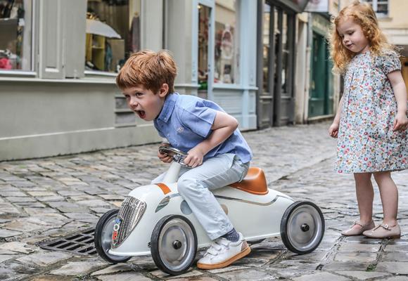 Compra aquí los coches de juguete de Peugeot
