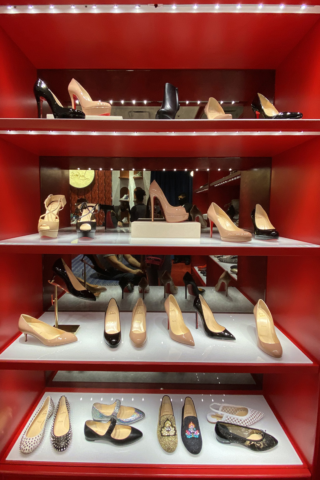 Classic Christian Louboutin Shoes at the Outlets (The Luxury Lowdown Blog)