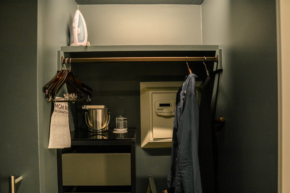 Park MGM Two Queen Room Closet