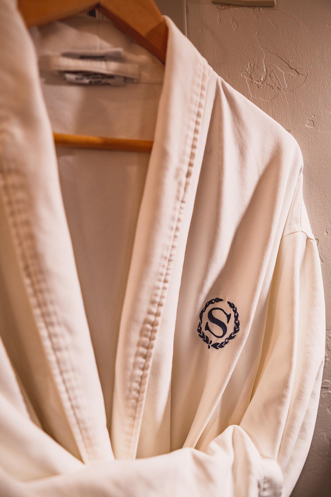 Sheraton Robe