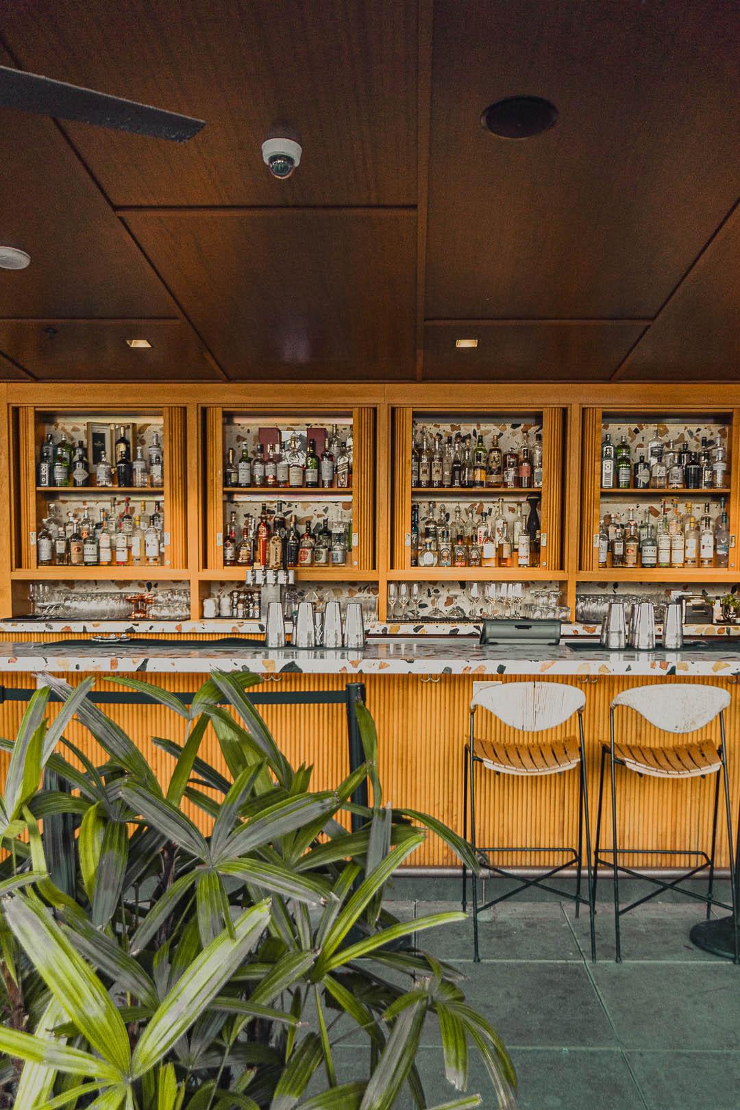 Hideout's Bar