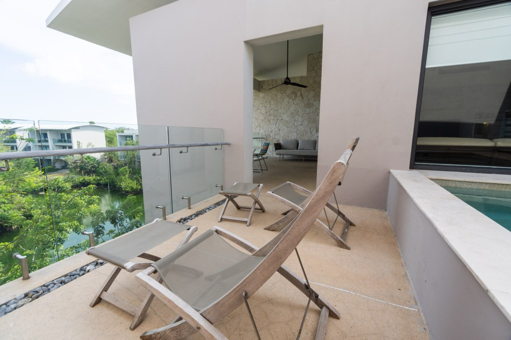 Sundeck Chairs