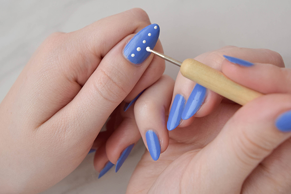 On The Majority Of Nail Beds We Re Going To Do A Dot Pattern Start It Off You Ll Need Medium Sized Dotting Tool Or Bobby Pin And Good