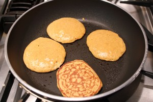 pumpkin cinnamon roll protein pancakes
