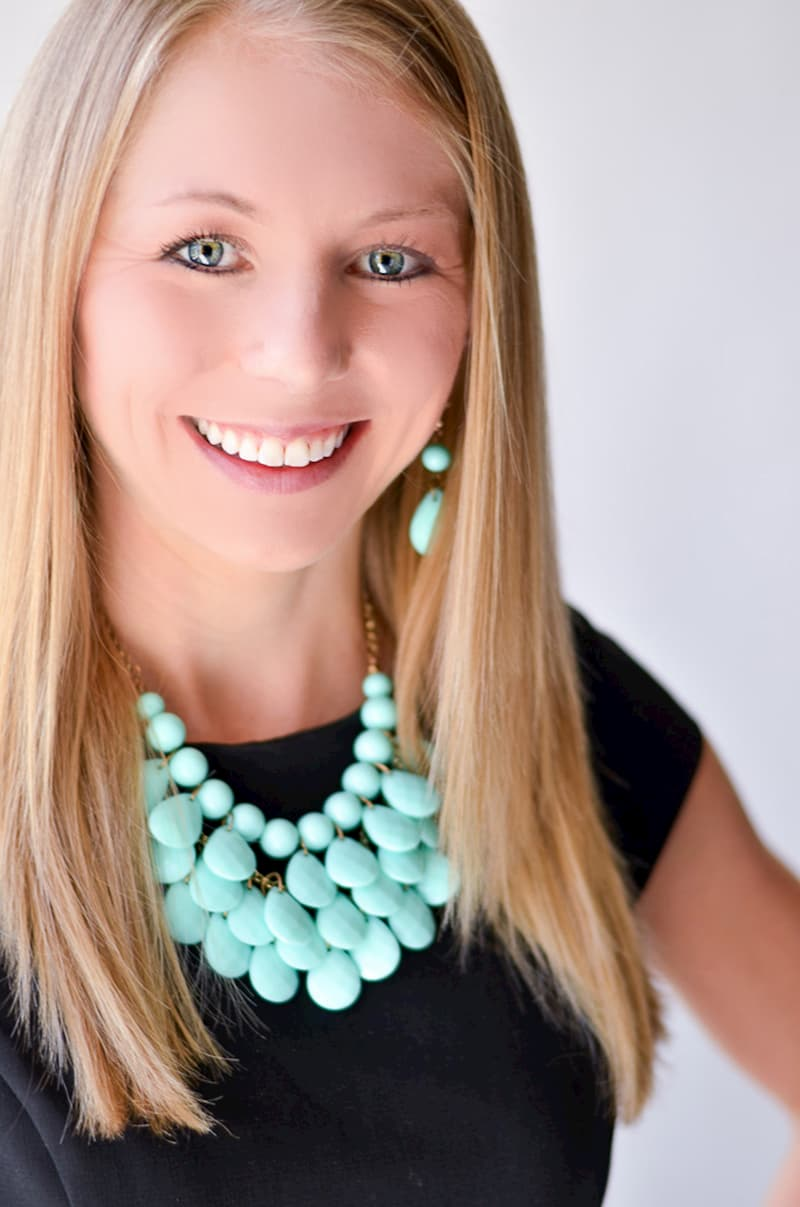 Megan Lyons Dallas Headshot